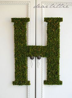 tutorial: sheet moss-covered oversized letter...or number...or any silhouette you'd like   {tip: use foam board from the Dollar Store!}