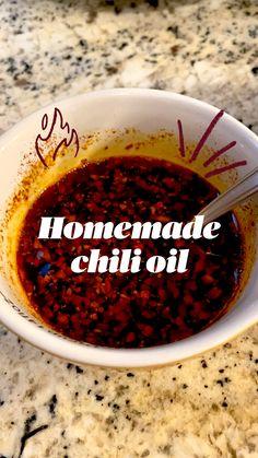 Homemade Chili, Homemade Seasonings, Homemade Sauce, Indian Food Recipes, Asian Recipes, Vegetarian Recipes, Cooking Recipes, Thai Peppers, Asian Seasoning