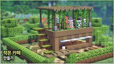 ⛏️ Minecraft Build Tutorial :: ☕ Mini Cafe in Forest 🌳 Minecraft Garden, Minecraft Farm, Minecraft Mansion, Minecraft Cottage, Minecraft Modern, Cute Minecraft Houses, Minecraft Plans, Minecraft Construction, Amazing Minecraft