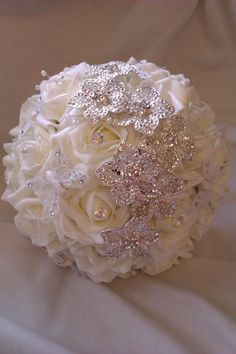 Foam Roses, Sparkles, Butterflies & Pearls Bridal Bouquet £125 ♡