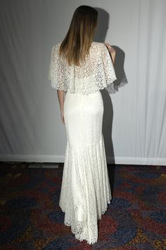 Cymbeline - Bridal Fall 2013    TAGS:Embroidered, Fishtail, Floor-length, White, Cream, Cymbeline, Lace, Silk, Elegant, Modern