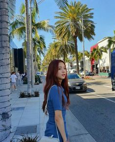 Find images and videos about kpop, rose and blackpink on We Heart It - the app to get lost in what you love. Blackpink Jisoo, Kim Jennie, Yg Entertainment, K Pop, South Korean Girls, Korean Girl Groups, Rapper, Divas, Blackpink Members