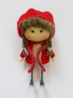 Little Red Riding Hood, punto de niña adoptada Títeres Jugando con, Futbolín, UNA Altura De UNOS 17 cm, Meska