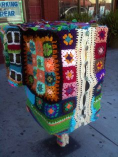 Fig Knit-On - Yarnbombing Los Angeles