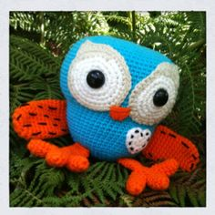 I think I will learn to crochet just so I can make this little guy :)