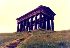 The Penshaw Monument, officially The Earl of Durham's Monument, was built in 1844 on Penshaw Hill between the districts of Washington and. Penshaw Monument, North East England, Gazebo, Outdoor Structures, House Styles, City, Building, Board, Photography