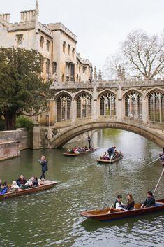 Visit Cambridge, Cambridge England, Cambridge Punting, Oxford England, St Johns College, Uk College, Oxford College, Visit Oxford, Places To Travel