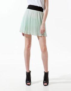IRREGULAR FINE PLEATED SHORT SKIRT - Skirts - Woman - ZARA France