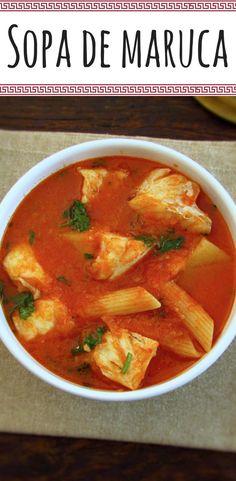 Sopa de maruca | Food From Portugal. Extremamente saborosa esta sopa de maruca é um prato quente ideal para um almoço de inverno em familia. #receita #sopa #peixe