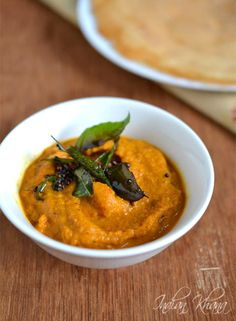 Easy and healthy Carrot Chutney ...great side dish for idli, dosa and tiffin items