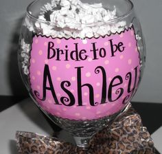 reading painted wine glasses | Bride To Be Hand Painted Wine Glass by winewhimsy on Etsy
