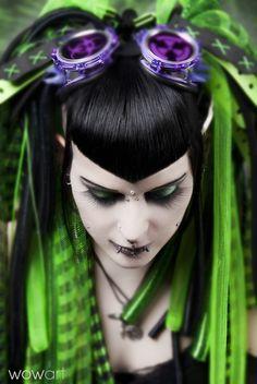 purple green passion~ - Bild von Cyberpüppi aus Cyber-Kultur - Fotografie (23671698) | fotocommunity, cyberpunk