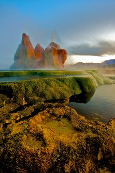 Stunning Shots of Fly Geyser, Nevada's Hidden Treasure