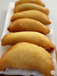 Panzarotti Recipe, Focaccia Pizza, Tasty, Yummy Food, Antipasto, Hot Dog Buns, Street Food, Biscotti, I Foods