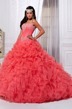 Buy Stunning Sweetheart Floor Length Ball Gown Beaded Quineanera Dresses With Bubble Skirt On line