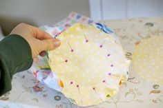 For the reading nook: bolster pillow sewing tutorial