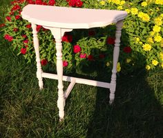 Vintage Pink Table, bedside table, night stand on Etsy, $47.00