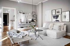 Light Grey Walls Living Room Scandinavian Home Stylish with Light Gray Walls Living Room Decor Grey Walls, Room Wall Decor, Living Room Lighting, Moderne Pools, White Apartment, Light Grey Walls, Scandinavian Home, Room Lights, Living Room Inspiration