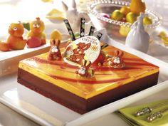 Leckere Ostertorte mit Schoko- und Orangencreme, verziert mit unseren Hasen-Dekoren! / Delicious easter cake with chocolate- and orange-mousse, decorated with our bunny decorations