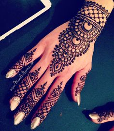 Excited for 2017! For booking info please send me: Your location, date and email address.  (Long weekends are almost full) Email: Ash@MendhiHenna.com Fb: Mendhi Henna Bridal Parties Instagram: MendhiHennaArtist Pin with me: Pinterest.com/MendhiHenna