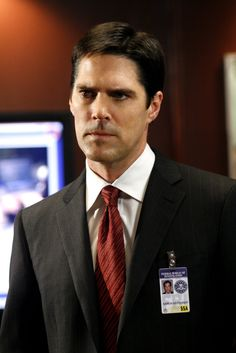 "Thomas Gibson (as Aaron Hotchner, Unit Chief) in ""Criminal Minds"" (TV Series)"