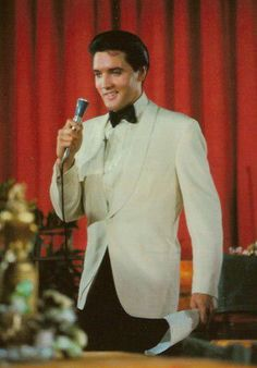 Presley's lack of enthusiasm is painfully evident in the film, as he moves listlessly from scene to scene. Elvis had made some weak movies before, but at least he seemed to be enjoying himself on screen. Not so here. He barely even moves during his nine musical numbers, and the screenplay provided few opportunities for the star to flash his famous smile.
