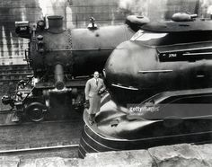 Doctor <a gi-track='captionPersonalityLinkClicked' href=/galleries/search?phrase=Raymond+Loewy&family=editorial&specificpeople=233657 ng-click='$event.stopPropagation()'>Raymond Loewy</a> with his latest designed locomotive.
