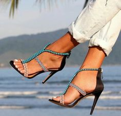 Pretty Toes In Heels : Photo