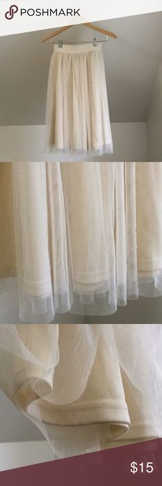 Tulle Layered Cream Skirt Tulle skirt - no brand tags - slip on elastic waist - excellent condition - size s. Skirts