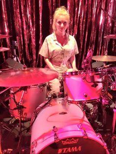 Debbie Knox-Hewson - Charli XCX Girl Drummer, Female Drummer, Drums Girl, Jeremy Gelbwaks, Charli Xcx, Drum Kits, Drummers, Percussion, Venom