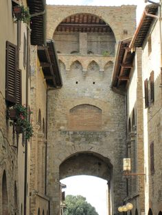 The Beautiful Medieval town of San Gimignano, Italy