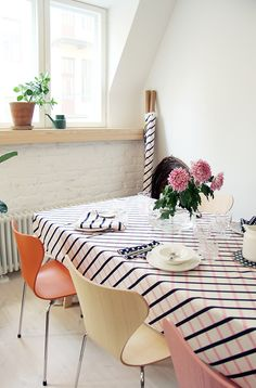the Marimekko Quilt (design Carina Seth-Andersson) photo from Pinjacolada: Visiting Marimekko home spring/summer 2016