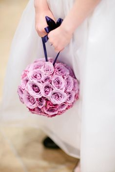 flower girl idea (wonder if this can be done with daisies?)