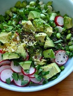This simple salad is the perfect spring meal! #website #fitness #fat #advice #pretty #beautiful #health #nutritious #living #lifestyle #women #abs #lean #quotes