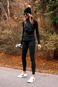 Sport Outfits, Casual Outfits, Cute Outfits, Fashion Outfits, Cute Legging Outfits, Casual Athletic Outfits, Sporty Clothes, Athletic Style, Athletic Wear