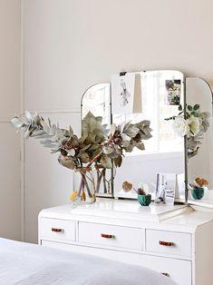 sweet vintage dresser, via the design files / sfgirlbybay