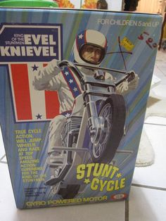 ULTRA RARE VINTAGE 1970S 1975 IDEAL EVEL KNIEVEL STUNT CYCLE & ACTION FIGURE