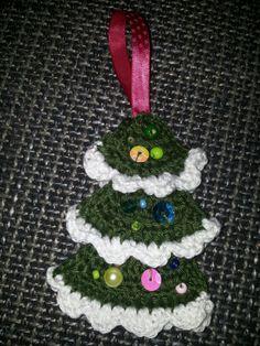 crochet christmas tree Crochet Christmas Trees, Christmas Ornaments, Crochet Hats, Holiday Decor, Home Decor, Xmas Ornaments, Knitting Hats, Christmas Jewelry, Christmas Ornament