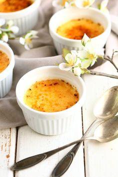 Crème Brûlée - kermaista herkkua - Suklaapossu Yams, Dessert Recipes, Desserts, Cantaloupe, Creme, Panna Cotta, Food And Drink, Pudding, Sweets