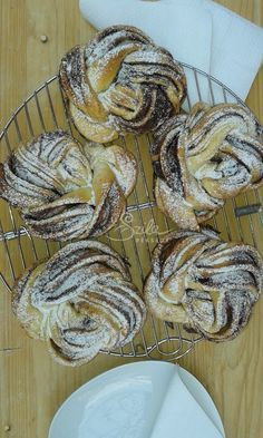 Hungarian Recipes, Turkish Recipes, Croissant Bread, European Cuisine, Bread And Pastries, Health Eating, Pain, Baked Goods, Food To Make
