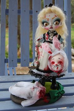 Sally's Song Dolls - Alice in Murderland
