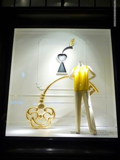 """TSUM,Moscow,Russia, """"The key to happiness"""", pinned by Ton van der Veer"""