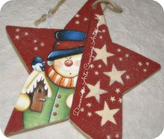Snowman on a star Christmas Star, Christmas Wood, Christmas Signs, Country Christmas, Christmas Pictures, Christmas Snowman, Christmas Bulbs, Christmas Decorations, Painted Ornaments