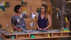 Aprenda a fazer um móbile de estrelas prateadas - Fazendo a Festa - GNT