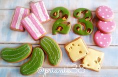 (53) Одноклассники Cute Cookies, Cupcake Cookies, Ginger Cookies, Sugar Cookies, Honey Cake, Royal Icing Cookies, Cookie Decorating, Gingerbread Cookies, Cookie Recipes
