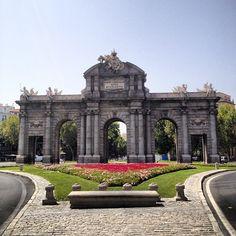 Puerta de Alcalá en Madrid, Madrid