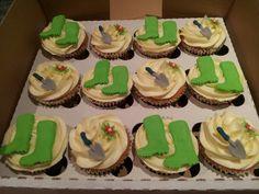 Gardening cupcakes Garden Cupcakes, Birthday Presents, Yummy Cakes, Cake Ideas, Muffins, Gardening, Treats, Party, Desserts