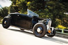 1932 FORD ROADSTER | 1932-ford-roadster-driving.jpg