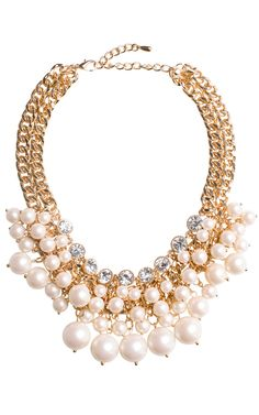 Pearl Cluster Necklace http://www.ilycouture.com/product_p/pearlcluster.htm