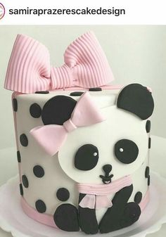 Birthday cake baby girl how to make 16 Super ideas Panda Themed Party, Panda Birthday Party, Panda Party, Bear Party, Bear Birthday, Birthday Cake, Panda Bear Cake, Bolo Panda, Panda Cakes